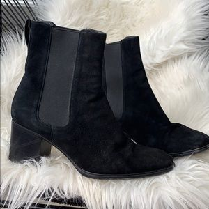 Gucci suede ankle heel boot